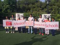 Photo : Sourav Ganguly and Farhan Akhtar Celebrate Makeover of 500 Schools in India