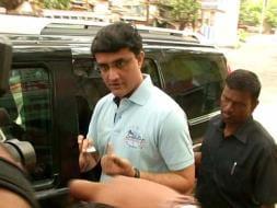 Photo : In Pics: Sourav Ganguly, Derek O'Brien Vote In Kolkata