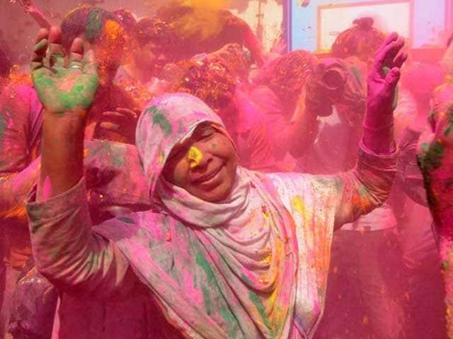 Shunning Taboos, Widows Of Vrindavan Celebrate Holi