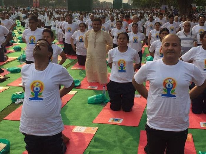 At Dawn, India Stretches Together: 10 Best Pics of Yoga Day