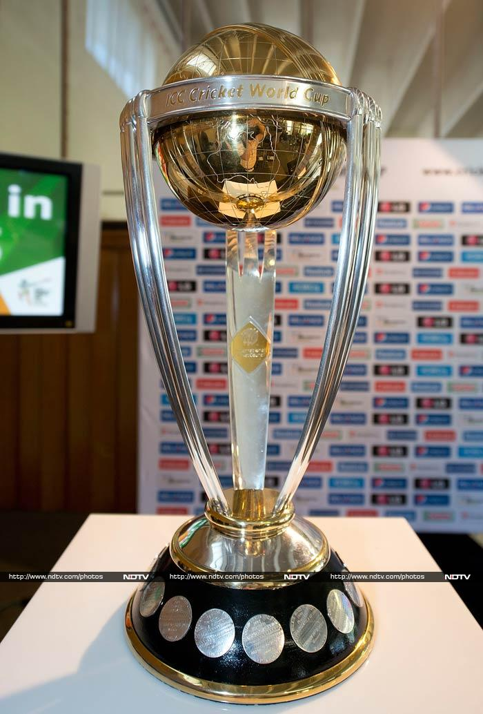 With the first match of the 11th edition of ICC Cricket World Cup scheduled to be played on February 14 2015, hosts Australia and New Zealand marked the 1-year countdown with celebrations in Sydney and Wellington. <br><br>All images courtesy AFP.