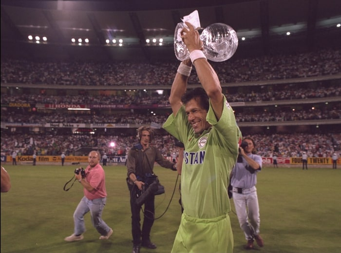 With the tournament heading back to the subcontinent in 1996, the win was enough to stage the path for cricket to become an overwhelming favourite sport amongst mass audiences there. (Photo: Getty Images)