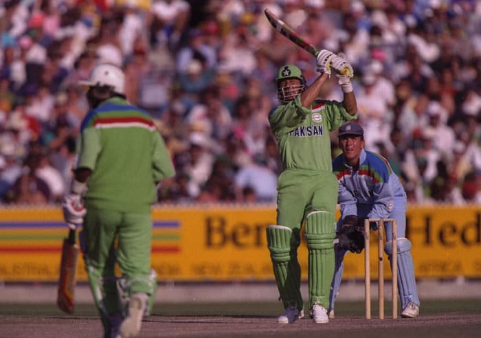 In the final against England, Imran led from the front, top-scoring with 72 to help his side post 249-6. England then floundered against the leg-spin of Mushtaq Ahmed, who removed Gooch, Graeme Hick and Dermont Reeve. (Photo: Getty Images)