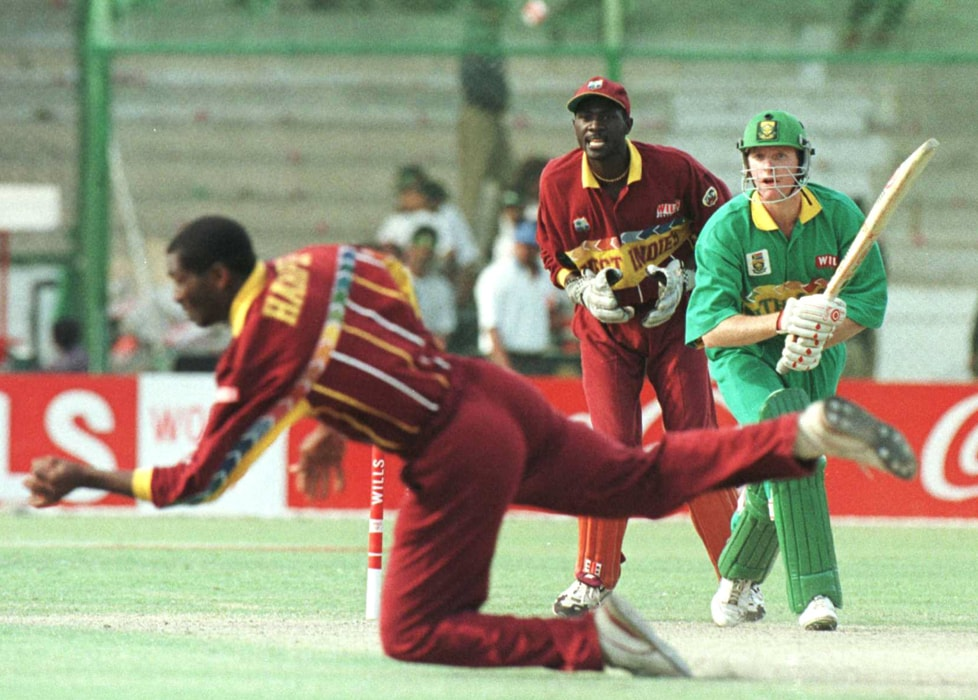 Hansie Cronje's South Africans had been moving menacingly before running into in-form Brian Lara, who hammered a brisk century to set up the West Indies' victory at Karachi. (Photo: Getty Images)