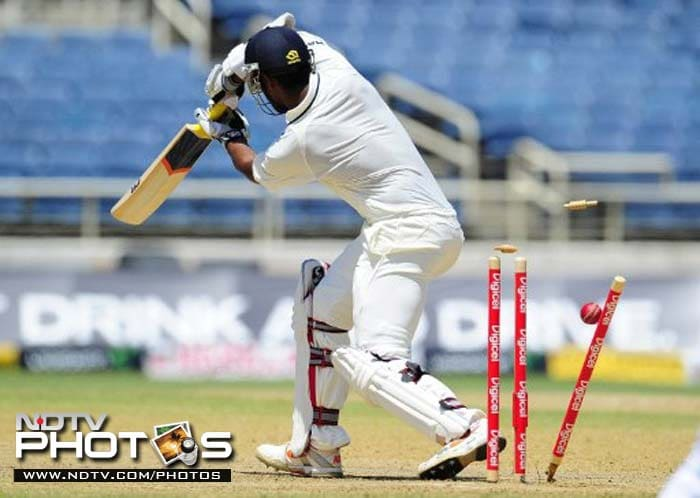 Abinav Mukund, making his debut in the match, could not withstand the attack and was bowled by Rampaul on a personal score of 11.