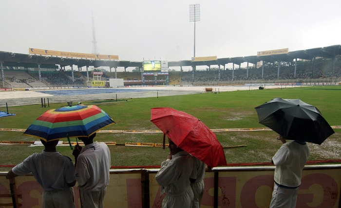 M. A. CHIDAMBARAM STADIUM (Chennai, India)<br><br> Capacity: 50,000<br><br> The historic ground, better known as the Chepauk, has been rebuilt for the World Cup. Pakistan's Saeed Anwar scored 194 against India in an Independence Cup match in 1997 at this venue. The stadium is recognised for the sporting behaviour of its crowd, which is reputed to be one of the most knowledgeable and appreciative in the country.