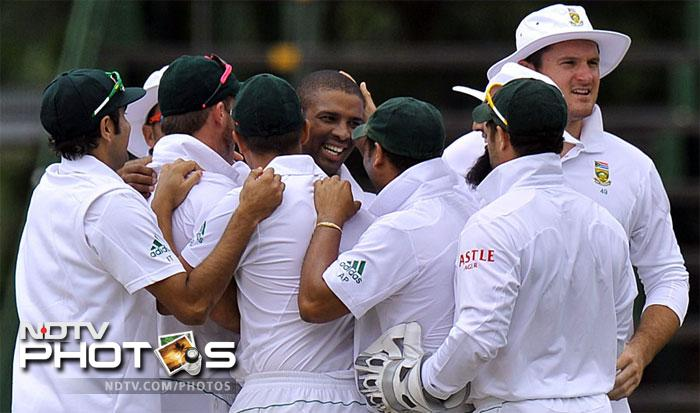 <b>Vernon Philander</b><br><br>It is hard to find an entry into the South African pace lineup, especially with Morkel and Steyn around. For Vernon Philander though, it was more than just luck that took him past the hurdle. Bowling to the likes of Sri Lanka and Australia, Philander has picked up 24 wickets in his first 3 Test matches including four 5-wicket hauls.