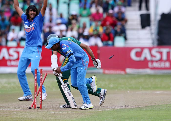 Ishant Sharma, who was picked in the squad for the second game at Kingsmead, Durban, came up with his second-best performance in ODIs, when he took four wickets in the final game at Centurion. Ishant picked up 4 for 40 in his ten overs that included a double-wicket maiden. Contrary to his performances at home, Ishant bowled the right line and lengths on helpful conditions and aggregate a series figures of 4 wickets for 78 runs in 17 overs at an impressive economy of 4.58. The tall pacer's show in the final match must have given team a confidence boost ahead of the Test series.