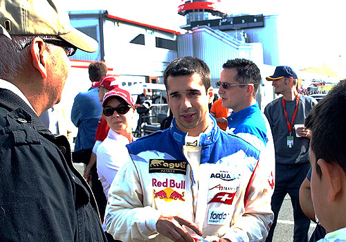 Switzerland's Neel Jani talks with his fans after winning the A1GP World Cup of Motorsport for Switzerland by finishing fourth in the first race at Brands Hatch, South of London on May 4, 2008. (AP Photo)