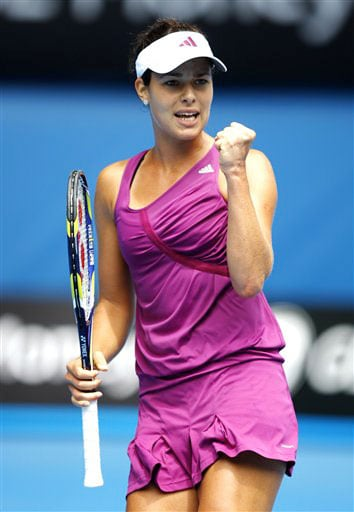 Serbia's Ana Ivanovic reacts as she plays Italy's Alberta Brianti during their Women's singles match at the Australian Open in Melbourne on January 21, 2009.