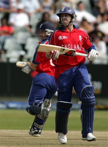 England's Matt Prior, front, makes a run with teammate Darren Maddy, back, during their Twenty20 World Championship cricket match at Newlands in Cape Town, South Africa, Friday, Sep. 14, 2007.
