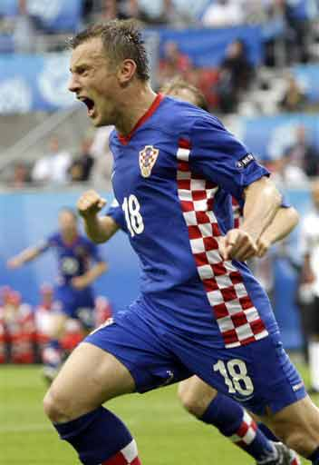 Croatia's Ivica Olic reacts after scoring his team's second goal during the group B match between Croatia and Germany in Klagenfurt, Austria on June 12, 2008, at the Euro 2008 European Soccer Championships in Austria and Switzerland. (AP Photo)