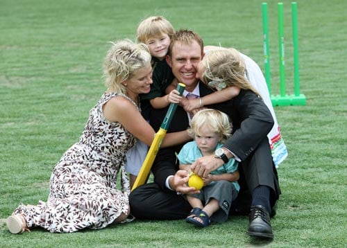 Matthew Hayden poses with his wife Kellie and son Joshua aged three (2/L), Grace aged six (2/R) and Thomas aged 19 months (R) after announcing his retirement from representative cricket at a press conference in Brisbane on January 13, 2009.