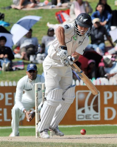 New Zealand's Daniel Flynn bats against India on the 4th day of the 1st Test in Hamilton on Saturday. (AP Photo)
