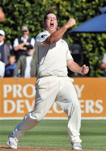 New Zealand's Jesse Ryder celebrates the lbw wicket of India's Yuvraj Singh for 9 on the 1st day of the 3rd Test at Basin Reserve in Wellington on Friday. (AP Photo)