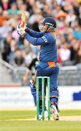 Virender Sehwag hooks a six to the boundary against New Zealand in the first Twenty20 International at Christchurch on Wednesday. (AP Photo)