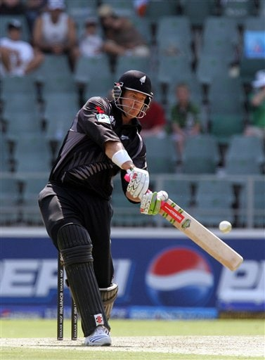 New Zealand's batsman Jacob Oram, plays a shot during their Super Eight's Twenty20 World Championship cricket match against India at the Wanderers Stadium in Johannesburg, South Africa, Sunday, Sept. 16, 2007.