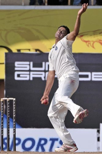 Anil Kumble bowls against South Africa, during fourth day of the first Test match of the Future Cup series in Chennai on Saturday, March 29, 2008.