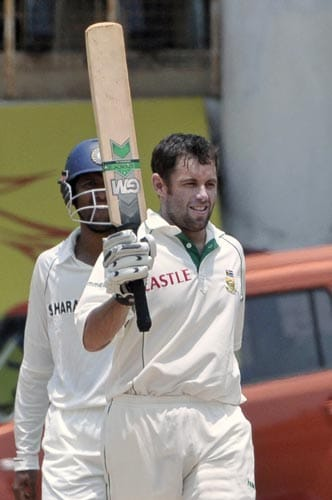 Niel McKenzie acknowledges the crowd after scoring 150 runs against India during the fifth day of the first Test of Future Cup cricket series in Chennai on Sunday, March 30, 2008.