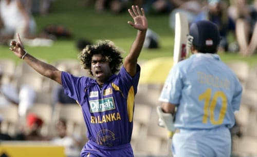 Lasith Malinga deals India a big blow, striking with his first ball of the match. He bowled out Sachin Tendulkar for a duck.