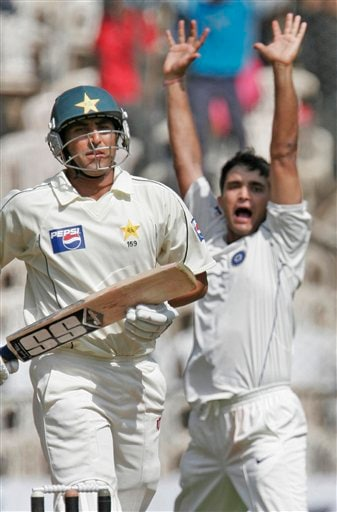 Sourav Ganguly, right, appeals unsuccessfully for a wicket of Pakistan team captain Younis Khan, left, during the third day of their final Test in Bangalore Monday, Dec 10, 2007. India leads the series 1-0.