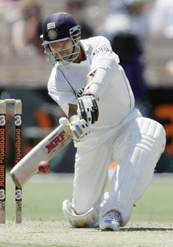Sachin Tendulkar sweeps Brad Hogg at the Adelaide Oval on Thursday, January 24, 2008, on the first day of their fourth Test. Australia lead the series 2-1.