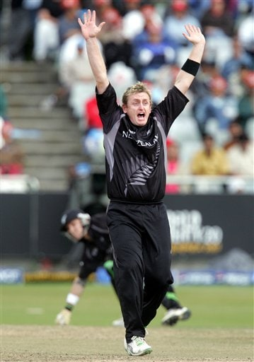 New Zealand's bowler Scott Styris, appeals successfully for a LBW to dismiss Pakistan's batsman Mohammad Hafeez, unsee, for 32 runs during their Semi Finals of the Twenty20 World Championship cricket match against Pakistan at the Newlands Stadium in Cape Town, South Africa, Saturday, Sept. 22, 2007.