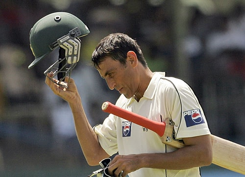 Younus Khan reacts after being dismissed during the third day of the third Test match between Sri Lanka and Pakistan in Colombo. (AP Photo)