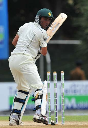 Younus Khan is dismissed by Thilan Thushara during the first day of the second Test match between Pakistan and Sri Lanka at The P. Saravanamuttu Stadium in Colombo. (AFP Photo)