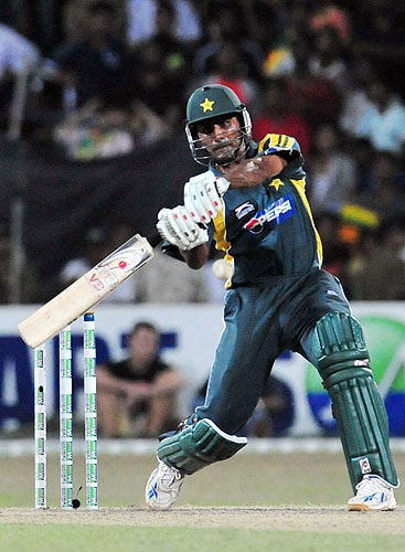 Abdul Razzaq plays a shot during a Twenty20 match between Sri Lanka and Pakistan in Colombo. (AFP Photo)