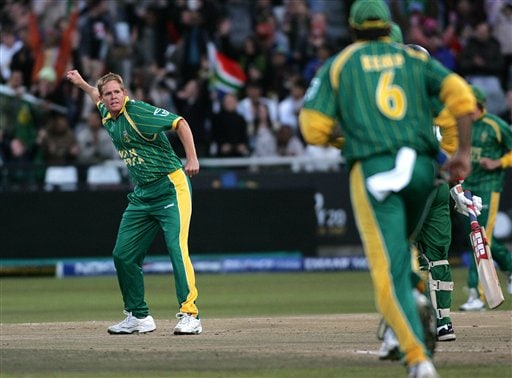 South Africa's Shaun Pollock celebrates after dismissing Bangladesh's Aftab Ahmed during World Twenty 20 cricket Championships at Newlands in Cape Town, South Africa, Saturday Sept 15, 2007.