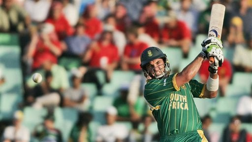 South Africa's Justin Kemp plays a shot against New Zealand during their Twenty20 World Championship Cricket match in Durban, South Africa, Wednesday, Sept. 19, 2007.