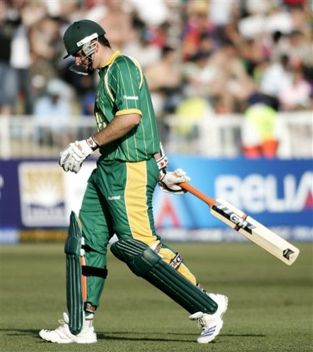 South Africa's Graeme Smith leaves the ground after his dismissal against New Zealand during their Twenty20 World Championship Cricket match in Durban, South Africa, Wednesday, Sept. 19, 2007.