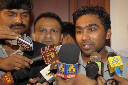 Sri Lankan cricket team captain, Mahela Jayawardene, speaks with journalists after reaching Colombo on March 4. Six members of the Sri Lankan team, including the team coach, were wounded while eight Pakistani nationals were killed in the gun and grenade attack on March 3. (AFP)