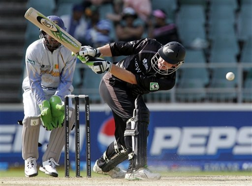 New Zealand's batsman, Scott Styris, right, reacts after an LBW to dismissal as Sri Lanka's wicketkeeper Kumar Sangakkara, left, looks on during their Twenty20 World Championship cricket against Sri Lanka at the Wanderers Stadium, Johannesburg, South Africa, Saturday, Sept. 15, 2007