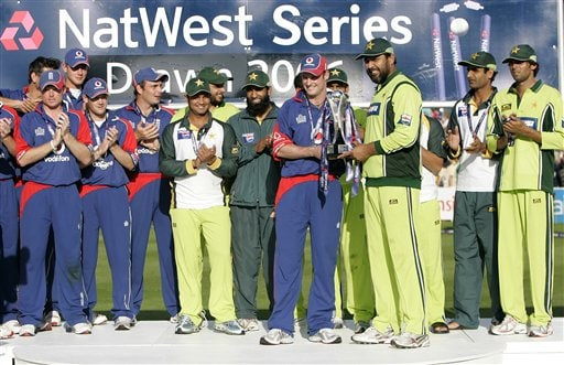 England captain Andrew Strauss, left with Pakistan captain Inzamam -ul-Haq hold the one day international series trophy following the last game of the series at Edgbaston on Sunday.