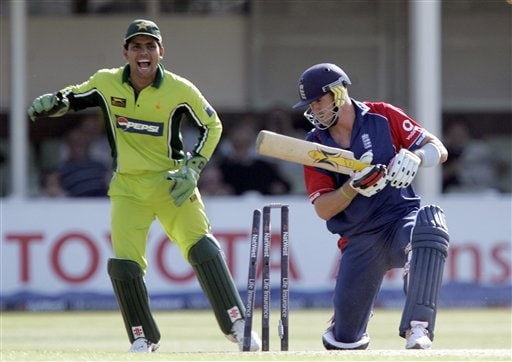 England's Kevin Pietersen, right, is clean bowled by Pakistan's Shahid Afridi, unseen, as wicket keeper Kamran Akmal looks on, during the fifth ODI at Edgbaston on Sunday.