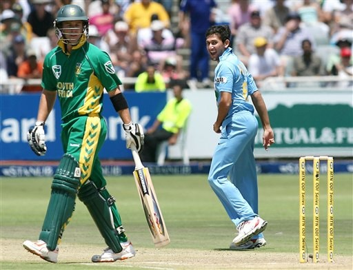 India's Ajit Agarkar celebrates the wicket of South Africa's AB de Villiers, left, during their third one-day international against South Africa in Cape Town, South Africa, Sunday, Nov 26, 2006.