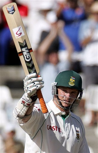 South Africa's batsman Graeme Smith, celebrates his half century on the second day of the 3rd and final Test match against India at Newlands stadium in Cape Town, South Africa, Wednesday.