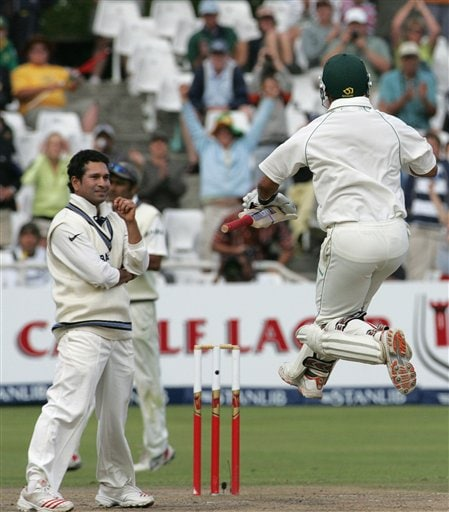 South Africa's batsman Ashwell Prince, right, celebrates scoring the winning runs off India's bowler Sachin Tendulkar, left, on the final day of the 3rd and final Test match against India at Newlands stadium in Cape Town