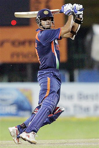 India's Rahul Dravid bats during the ODI match between India and New Zealand for the tri-nation series in Colombo on Friday. (AP Photo)