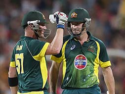 Australia clinch series with 7-wicket win over England