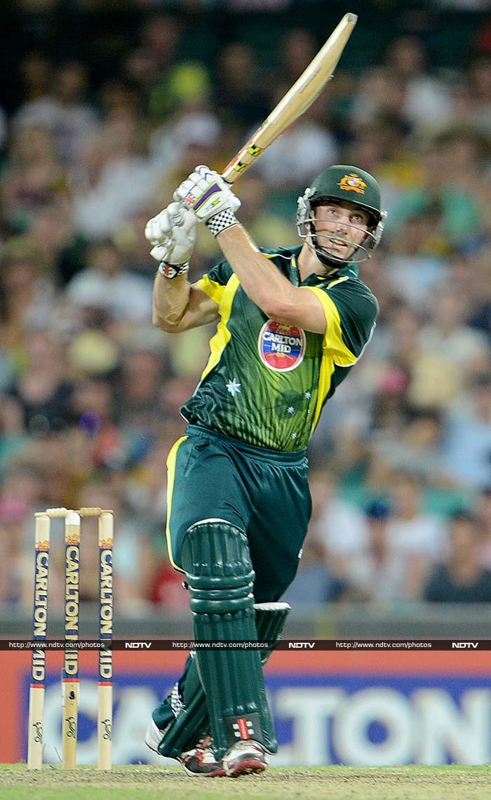 Shaun Marsh finished with off with 71 not out as Australia cruised home with 7 wickets left and clinched the series 3-0.