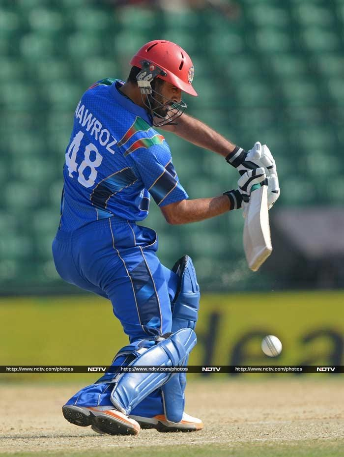 Former skipper Nawroz Mangal was batting with ease and was looking to rotate the strike and he struck three fours in his 33-ball 24.