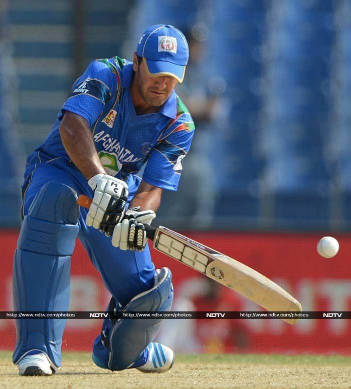 Najibullah Zadran looked good in his brief stay at the crease but was bowled by Arafat Sunny. Zadran scored 21.