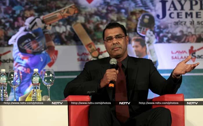 "Waqar, remembering his days of bowling against Tendulkar reportedly said that it is fantastic that the Indian batsman has carried on playing for over two decades. <br><br>""We started together, but it is ten years since I retired. Now, it is time for me to retire from commentary, but he is still playing."" <br><br>Image courtesy: Santosh Nagwekar/NDTV"