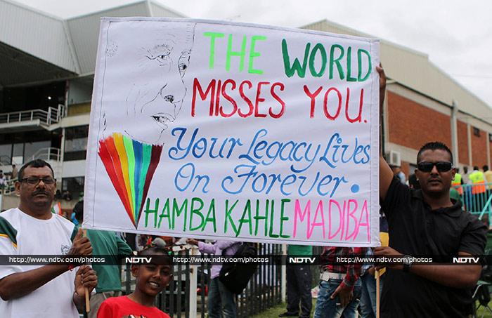 In a game dedicated to Nelson Mandela, South Africa emerged victors by 134 runs, a fitting tribute to 'Madiba'. (AFP image)