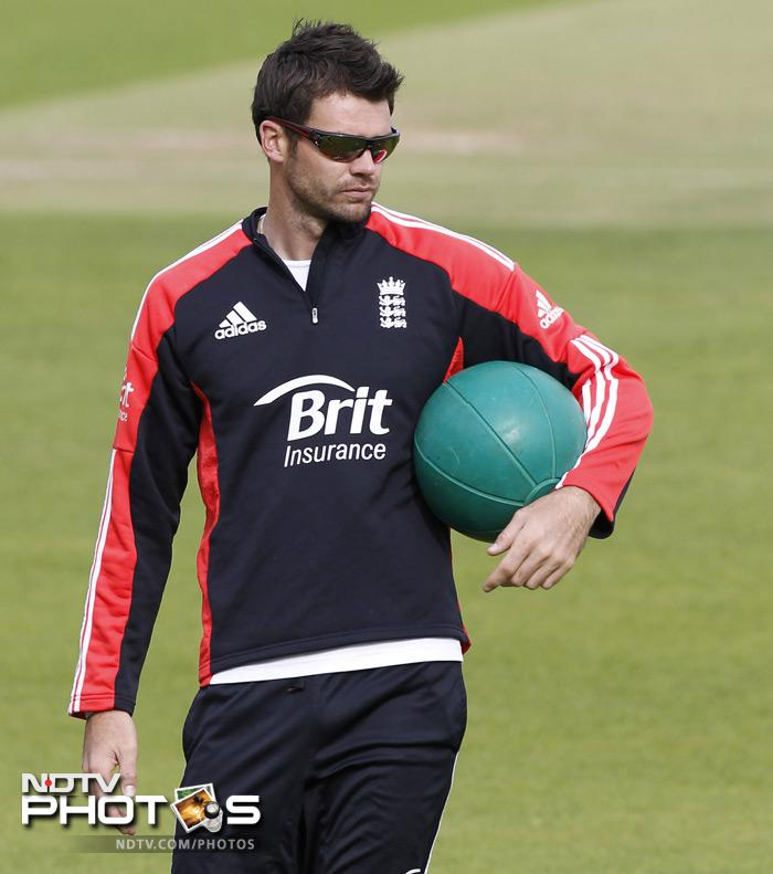 England's James Anderson participates in a team training session. (AFP Photo)
