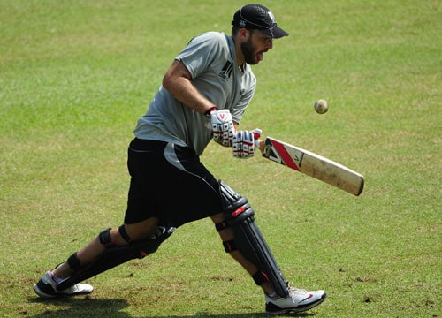 Daniel Vettori (3962 runs + 325 wickets in 100 Tests) needs 38 runs to become the fifth New Zealander after Stephen Fleming, Martin Crowe, John Wright and Nathan Astle to complete 4,000 runs.<br><br>Vettori is all set to become the third all-rounder after England's Ian Botham (5200 + 383 in 102) and India's Kapil Dev (5248 + 434 in 131) to complete the double of 4,000 runs and 300 wickets in Tests.