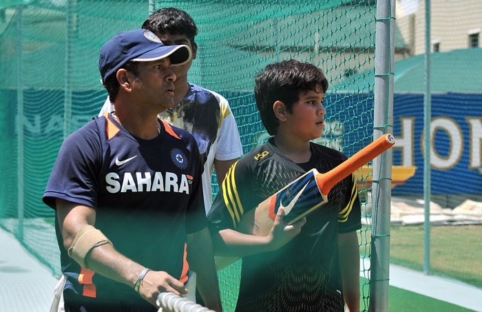 After a while, Tendulkar senior himself took charge of the throw-downs, while Arjun had a good time batting. (AFP Photo)